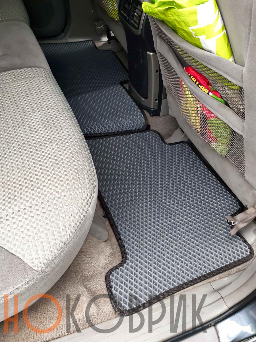 Автомобильные коврики для Toyota 4Runner IV (N210) 2002-2009