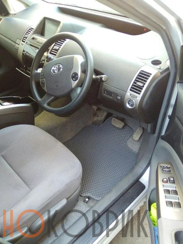 Автомобильные коврики ЭВА (EVA) для Toyota Prius II правый руль (XW20) 2003-2011