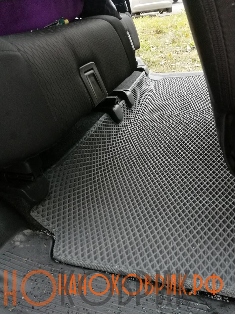 Автомобильные коврики для Suzuki Solio II правый руль 2011-2015